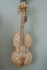 Wicker violin