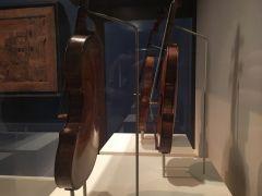 Metropolitan Museum of Art Violins Amati Strad