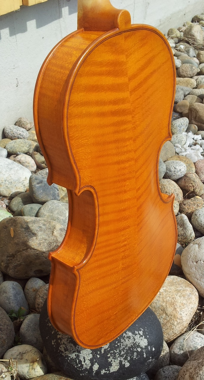 Old wood minerale interior of violin - Post 37356 0 52897600 1370091315_thumb Jpg