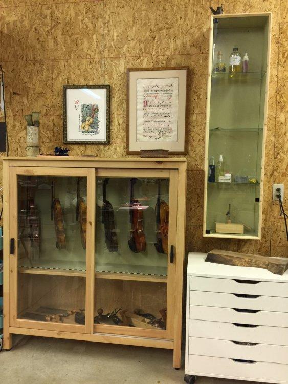 peter violin cabinet1 .JPG