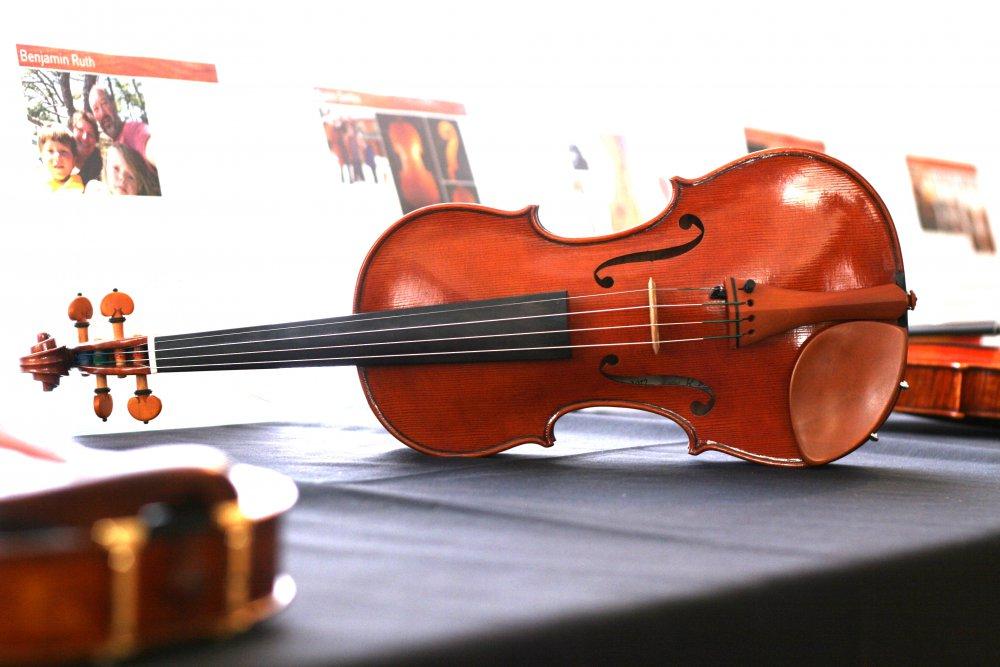 rezvani-brothers-violin-2.jpg
