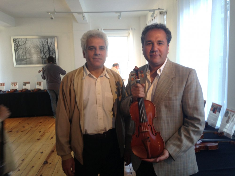 rezvani-brothers-violin-nyc-2013.thumb.jpg.f0362057373266d45e5b7738894c6759.jpg