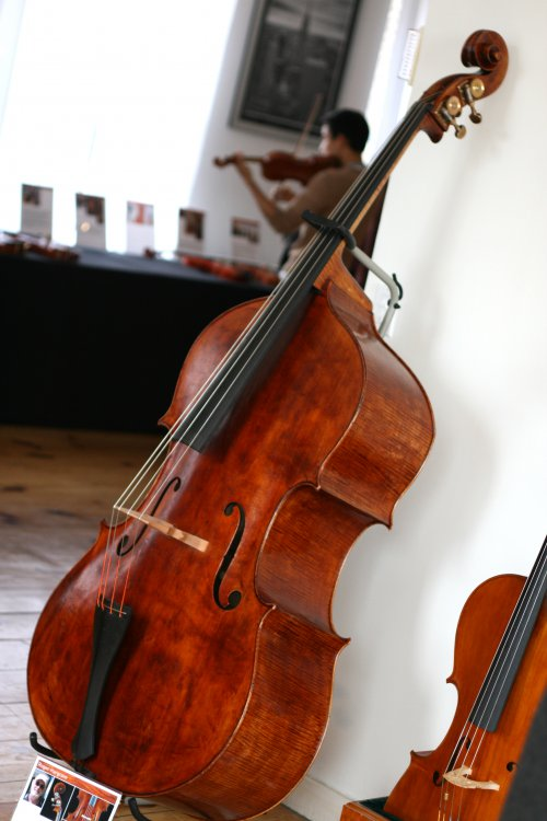 roger-hargrave-bass-1.jpg