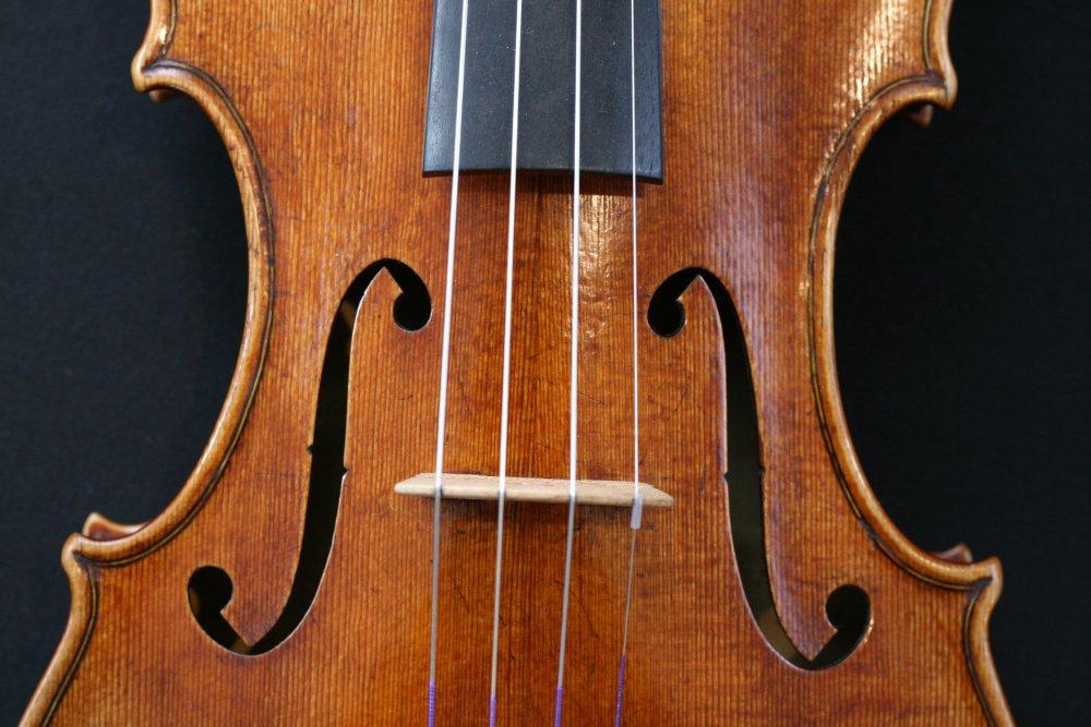 roger-hargrave-violin.jpg