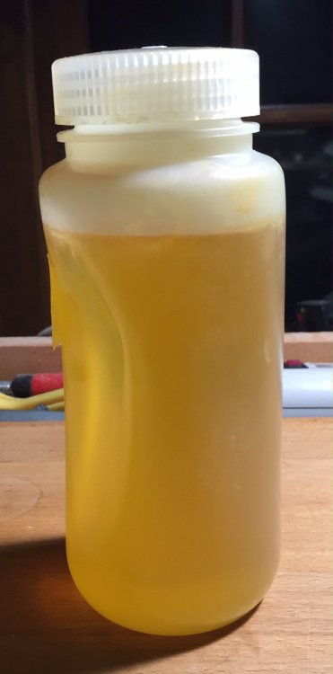 Tung oil_polymerised.jpg