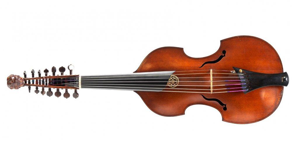 Henri Casadesus viola damore 2.jpeg