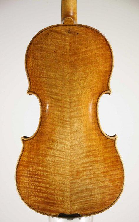 sr45dallacosta-violin-back.thumb.jpg.49671bfb54a68fe8e9baac18dfb8f2ee.jpg