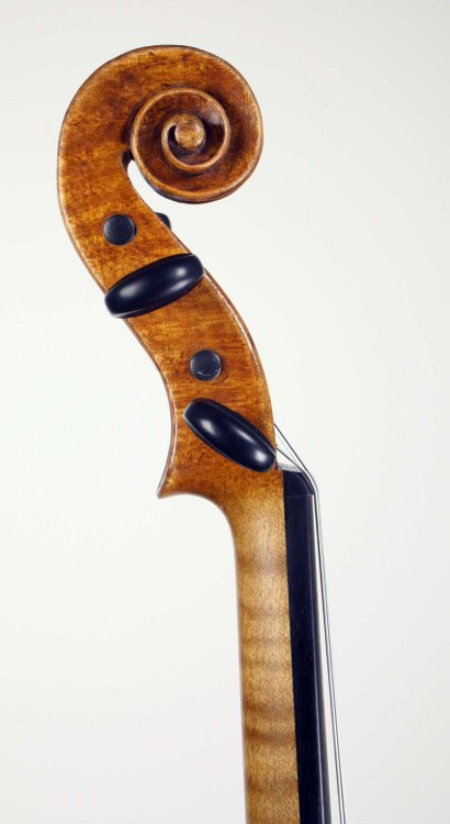 sr45dallacosta-violin-scroll.thumb.jpg.86d8d26df5874e694072d34ec07cbabb.jpg