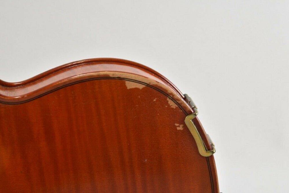i59u12-Alte-Geige-mit-Koffer-_57-5.thumb.jpg.773b703bb972a8ec4c2278c97948ebbe.jpg
