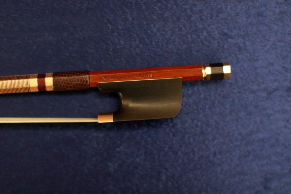 contrmporary-violin-exhibition-251-bassclef-october-18-2019.thumb.JPG.ed3d0a60e5416af6e2412da55c685659.JPG